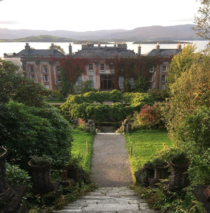 "alt=""view of Bantry House in Bantry, Ireland"""